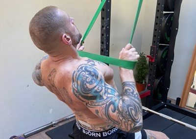 Banded lat pull